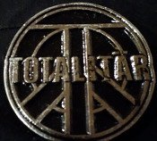 Totalitar - Metal Badge