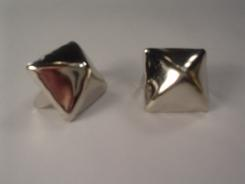 Large Pyramid Studs Bag of 100