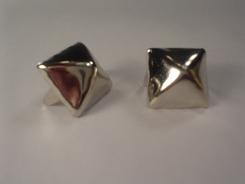Standard Pyramid Studs Bag of 100