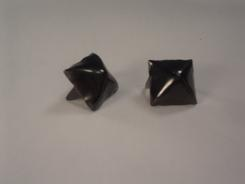 Standard Pyramid Studs Black Bag of 100